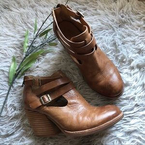 Kork-Ease Stina Block Heel Strappy Booties Size 7